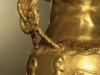 Дръжка -детайл от златна кана